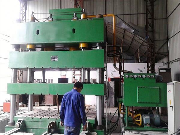WEILI MACHINERY Top Quality Four Column 30ton reviting