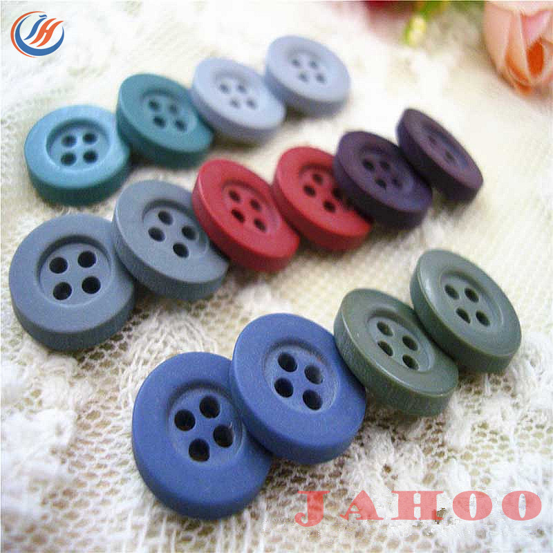 4 Holes Plastic Sewing Buttons