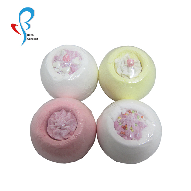 SPA Foaming Salts Ball Bath Bombs With toys inside bath fizzy