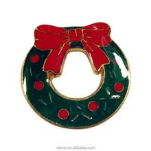 venta caliente de encargo de fabricacin nica de metal corona de navidad pin chapitas de artesana