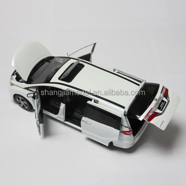1 18 Honda Odyssey Diecast Car Model Collectable Precision