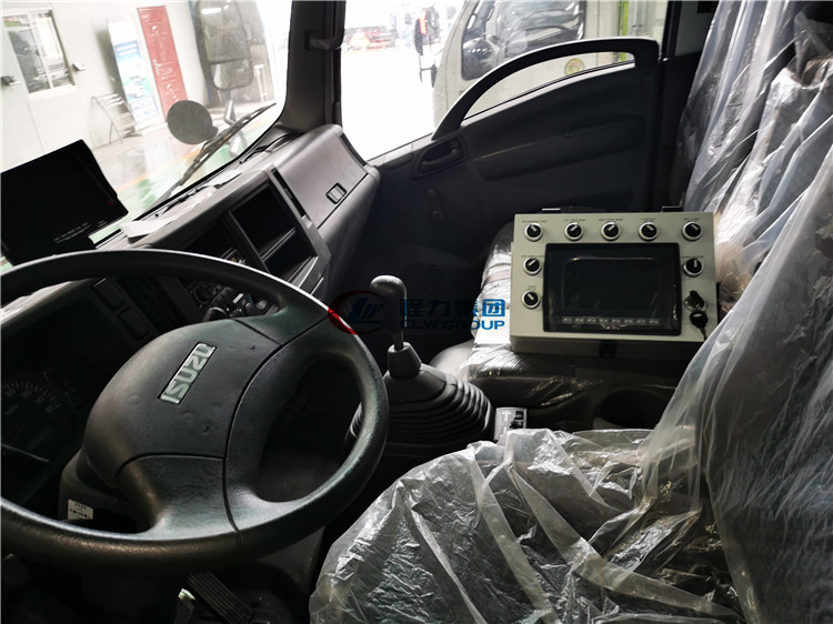 Japanese Euro IV brand new street sweeper truck for sale