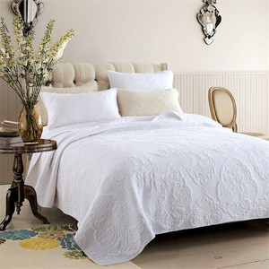 Luxury Home Textile Wholesale White Cotton or polyester micro fiber Bed Sheet Customized available Hotel Bedding Set