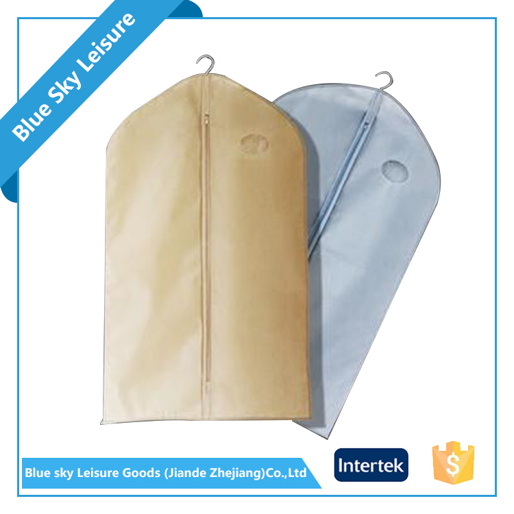 Wholesale Customized Foldable Fabric Plastic Suit Cover