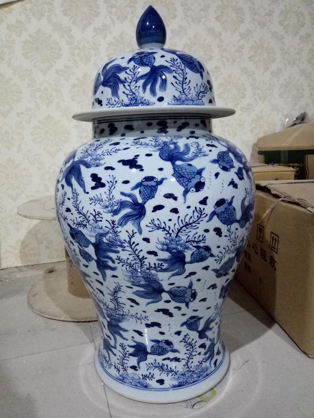 jingdezhen made handpaint gold fish chinese ceramics storage