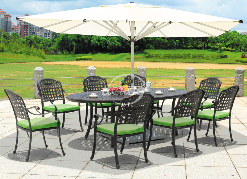 European Garden Cast Aluminum Bistro Table And Chairs Luxury Rose ...
