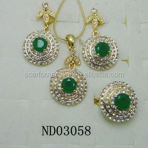 2014 latest Design Indian Bridal Emerald Stone Jewelry Sets Fashion Gold Plated Bollywood Statement Necklace Earrings Sets
