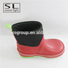 2017 fashion anti-skidding black and red kids' rain boots with heel loop