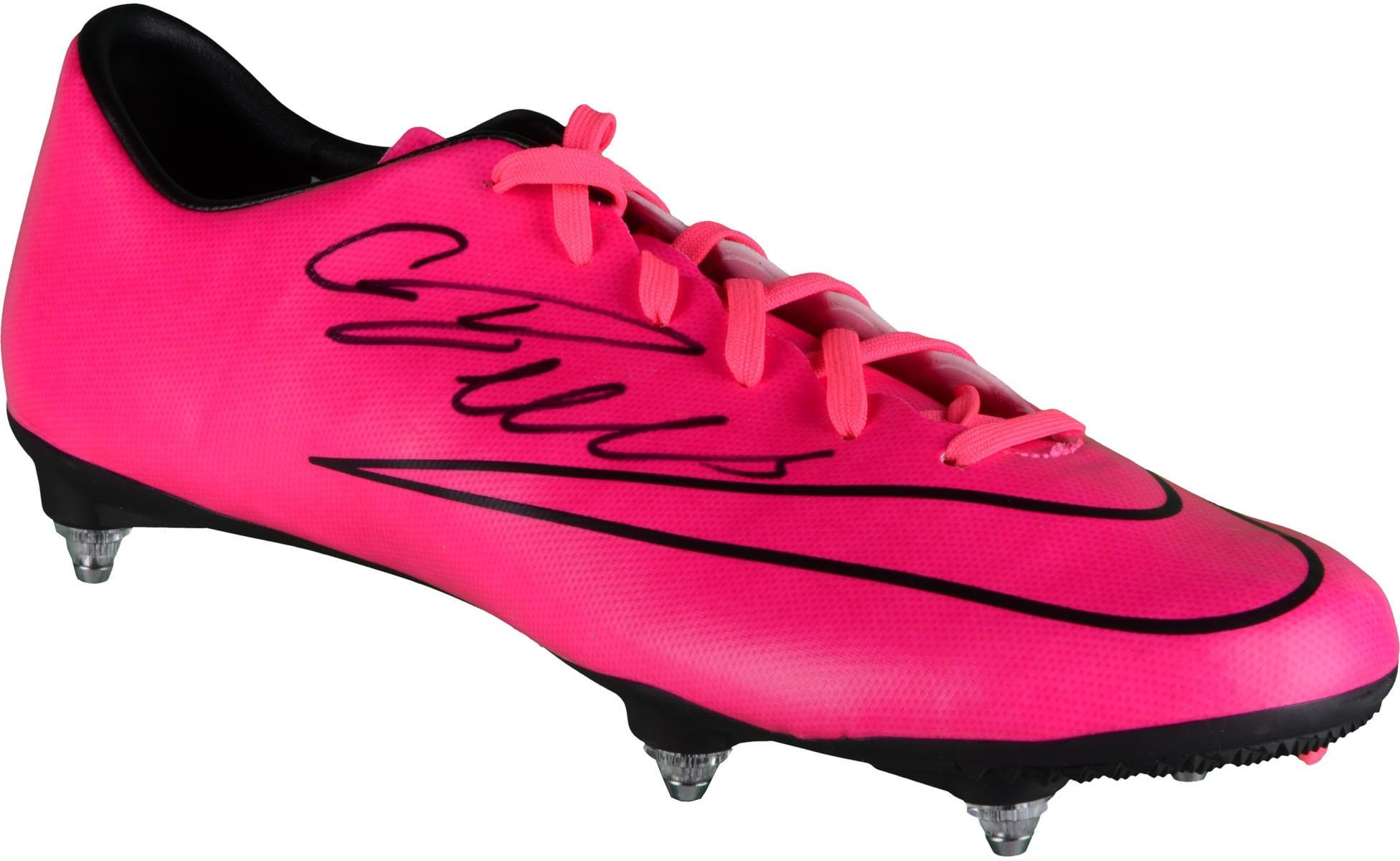 100% authentic cab2c 6cee7 Get Quotations · Cristiano Ronaldo Real Madrid Autographed Pink Nike Cleat  - Fanatics Authentic Certified - Autographed Soccer Cleats