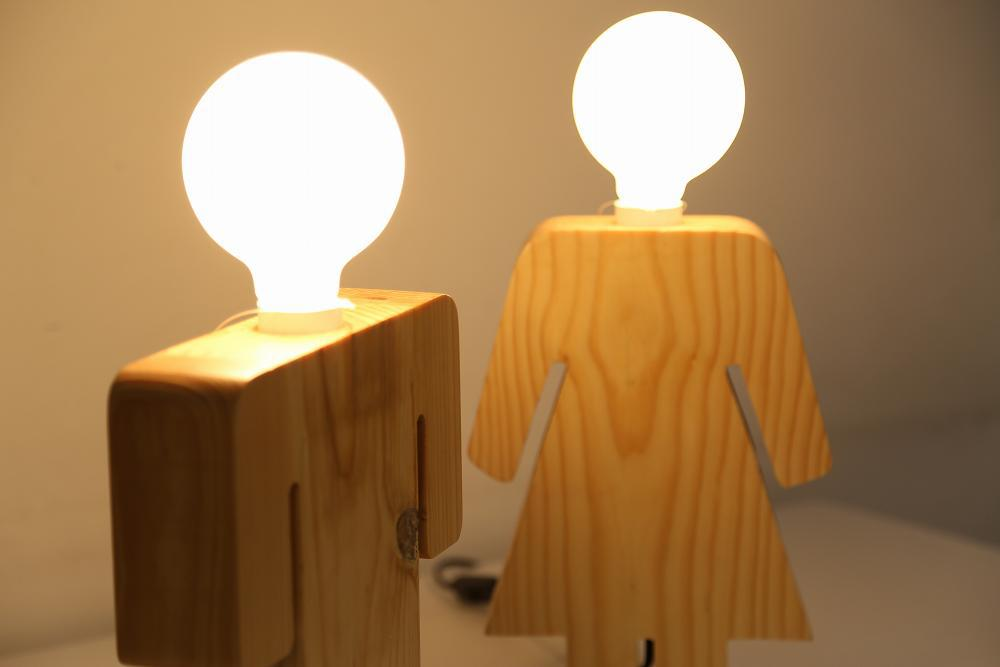 Man And Women Wooden Table Lamp Mt989 Buy Man And Women
