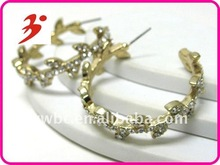 2012 fashion crystal stud leave pattern arc earring (E100839)