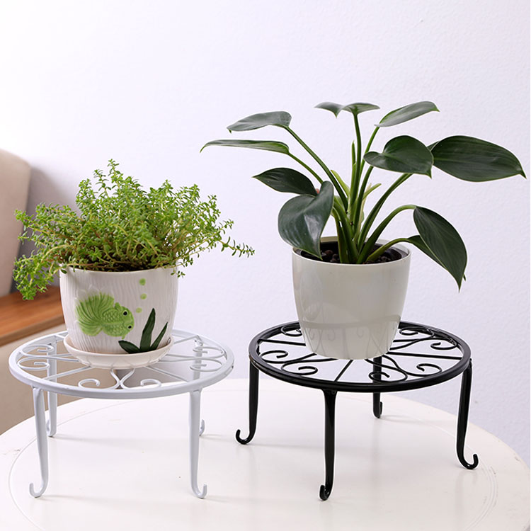 High Quality Sturdy And Durable Iron High Foot Pattern Round Tray Plant Flower Stand