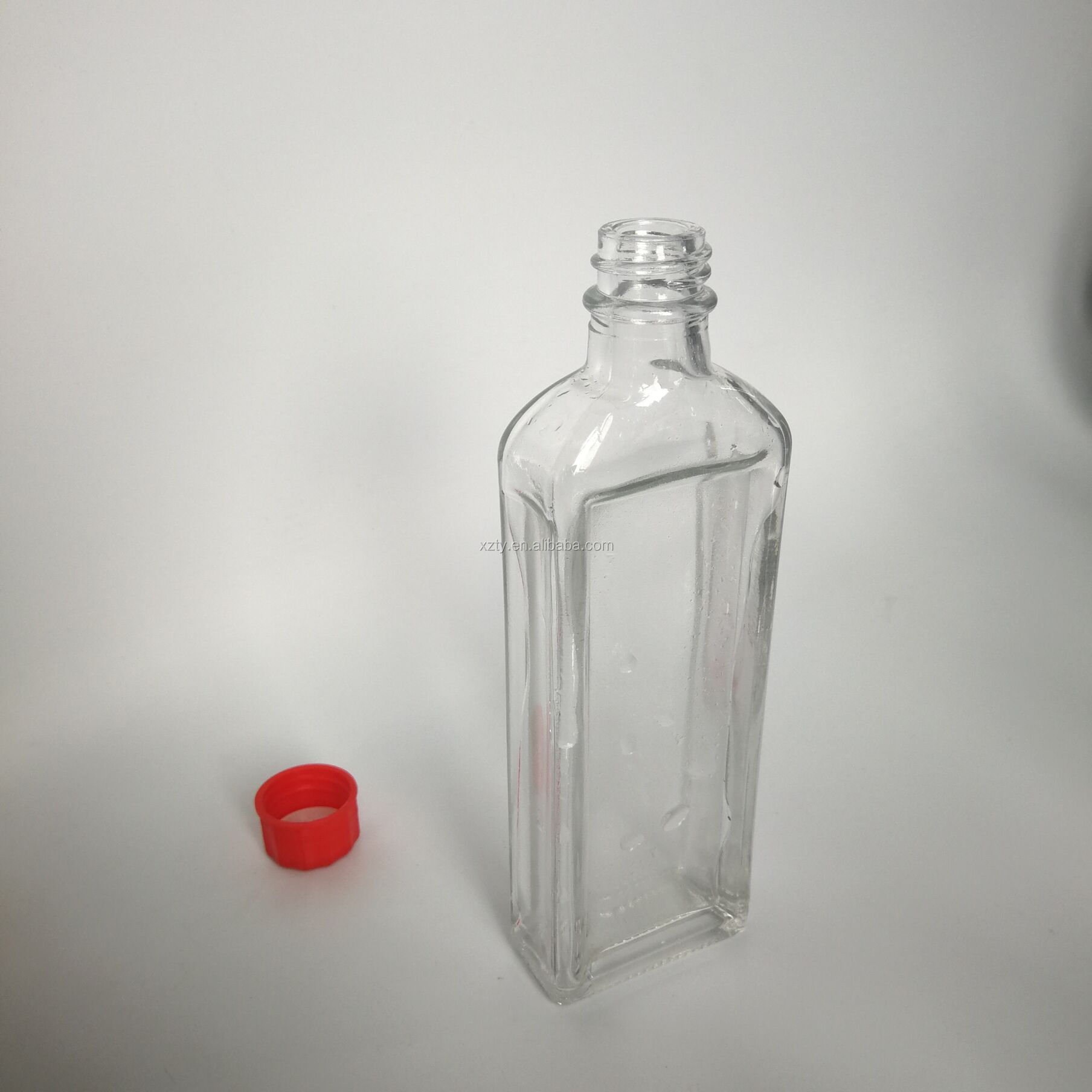 50ml safflower oil/medicated oil glass bottle with plastic lid