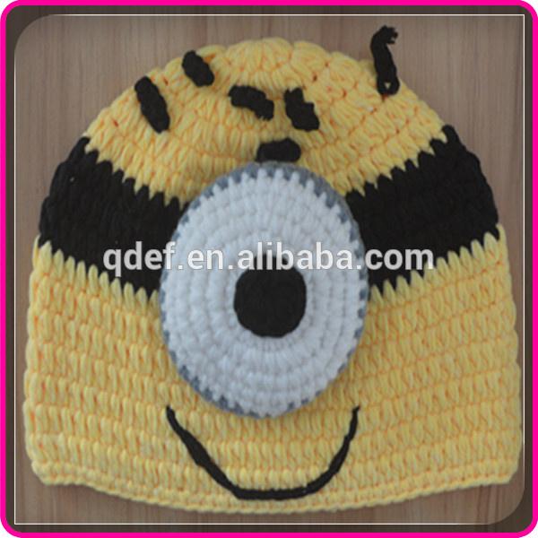 7ab79586e43ce De dibujos animados de invierno ganchillo hecho a mano sombreros minion  niños de punto de invierno