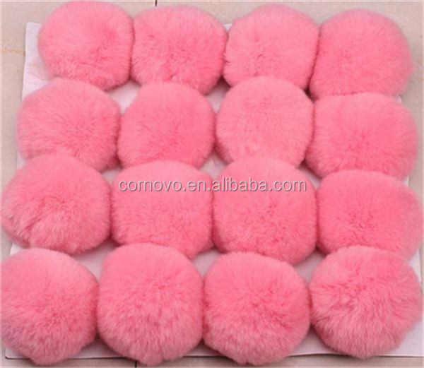 Luxury 100% fake fur poms producer