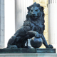 New Products garden decoration metal sculpture large bronze lion with ball statue