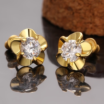 2017 Fashion Cheapest Jewelry 3 Gram Gold Beautiful Designed Earrings Small Flower Diamond Earrings for Girls