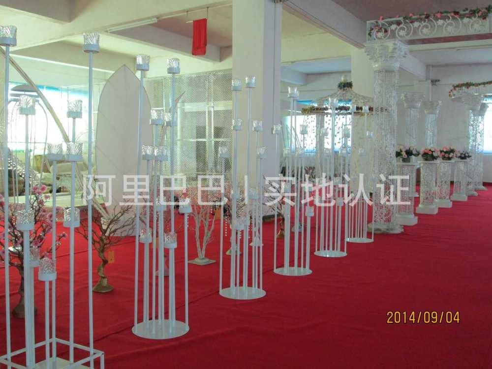 Lighted Metal Aisle Pillars/ Flower Stands /crystal Stands For ...