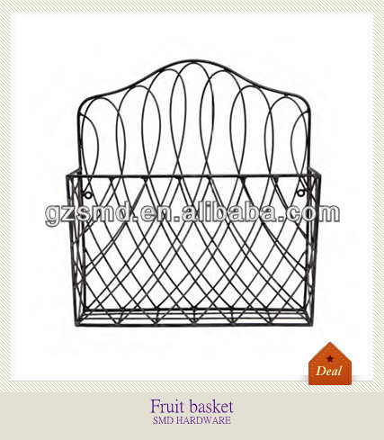 Wall hanging iron wire fruit basket