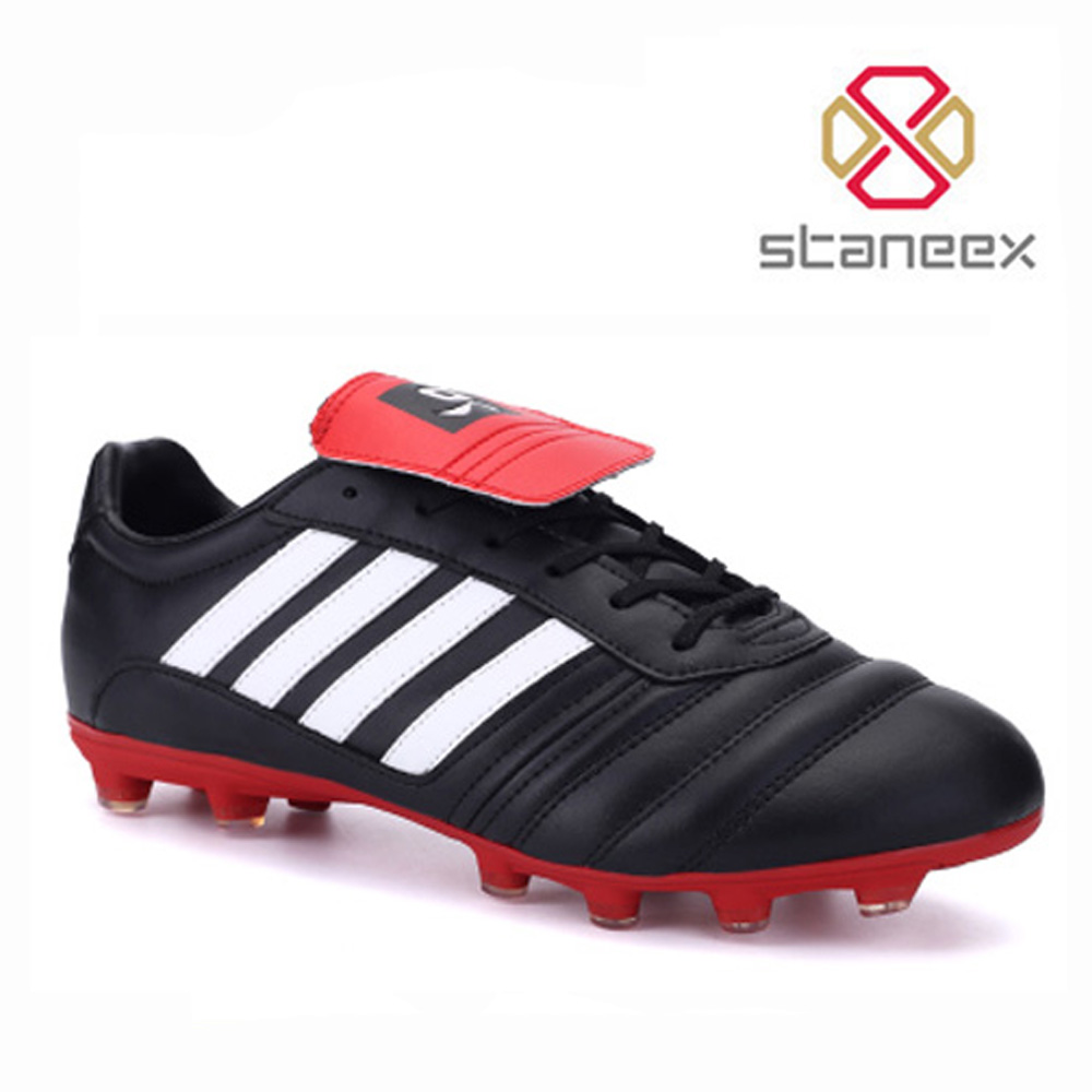 Newest Style Most Popular Sports Shoes Durable Training Soccer Football Boots For Men And Teenagers