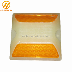 High Visual Plastic 3M Road Stud / Road Reflector