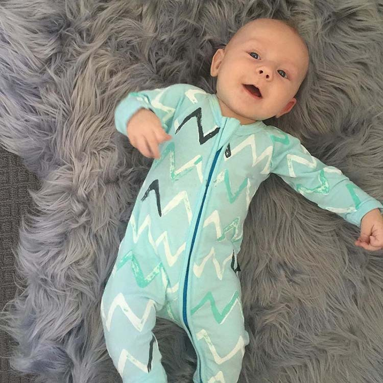 2019 new hot selling Ins autumn spring foot-wrapped long sleeve wave printing <strong>baby</strong> <strong>jumpsuit</strong> for boys girls
