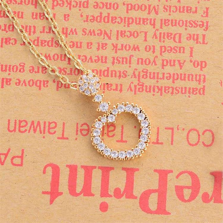 Fashion new pendant female simple wild zircon necklace personalized jewelry