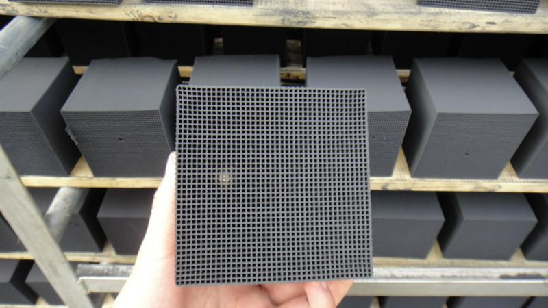 water resistant disc honeycomb activated carbon filter