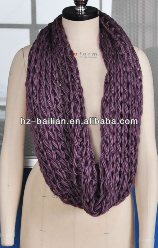 2013 fashion hand knitting scarf in vivid colors