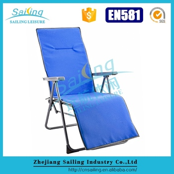 Popular Compact Padded Stackable Chairs Elderly Folding Chair