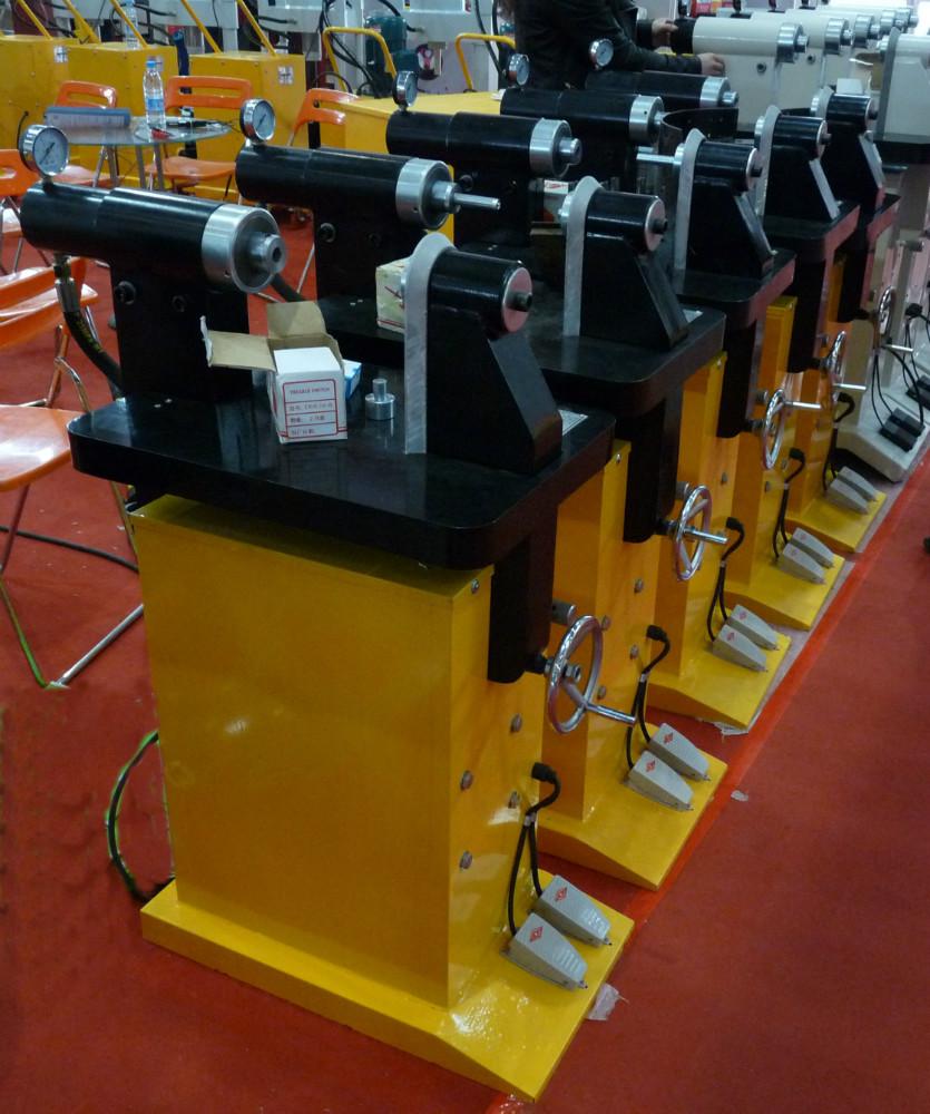 Brake Rivet Press : Brake shoe riveting machine can rivet punch press