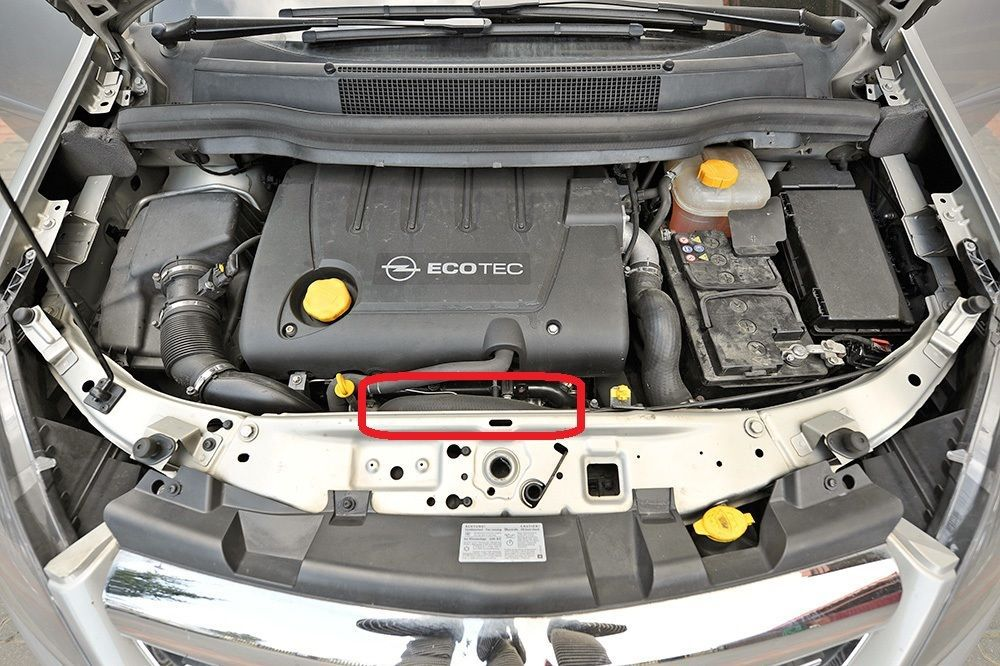 Astra H 1.9 Cdti Intercooler Turbo Hose Pipe 5835898 55557520