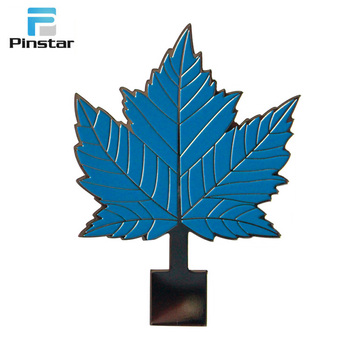 Factory direct selling good productions blue leaf lapel pin badges