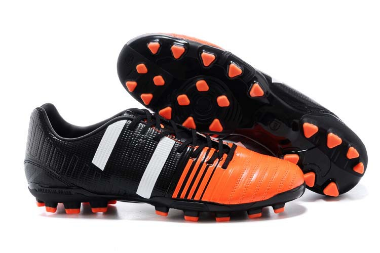 59ad0ff40 Get Quotations · Free shipping men s botas de futbol Nitrocharge 1.0  Carnaval AG magista football boots
