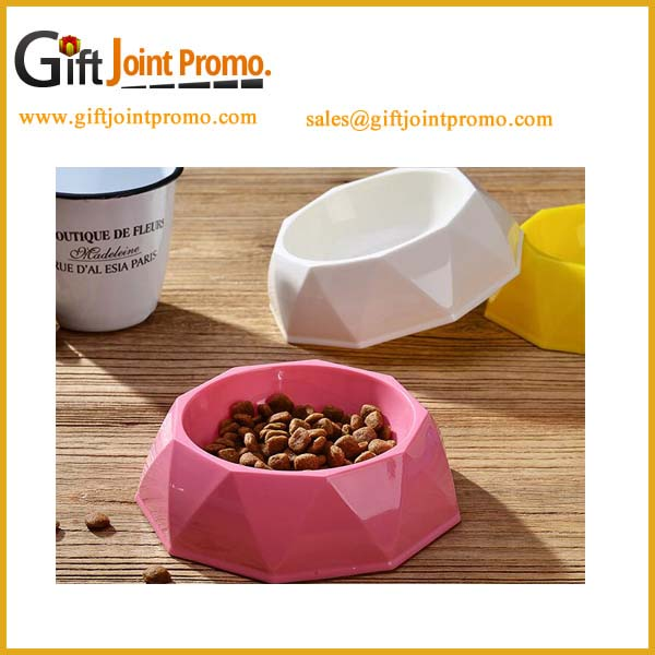 Cheap-healthy-plastic-shaped-diamond-dog-bowl