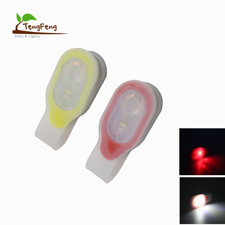 Silicone Collar Clip-on LED Lamp Magnetic Light Warning Night Outdoor Sports