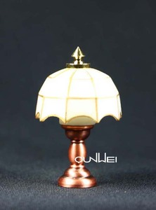 1/12 Dollhouse miniature Tiffany desk Lamp Lights QW21053