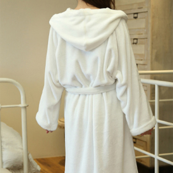 Wholesale Customized Soft Flannel Sleepwear Bathrobe With Hat