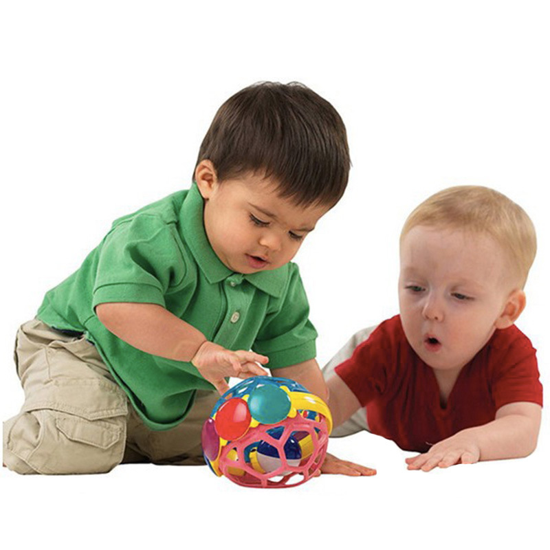 Soft bendy ball toys for babies Einstein educational baby rattle toys 0~12 months red blue patchwork bendy ball smart baby toy