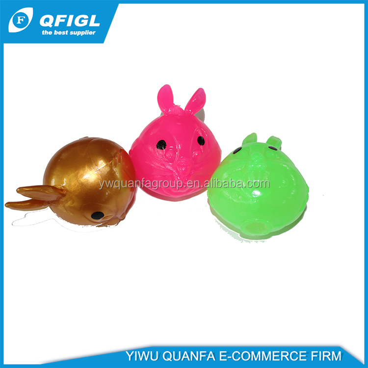Hot sale in Europe promotional 5cm 6cm TPR sticky squeeze anti stress ball toy for capsules or kids