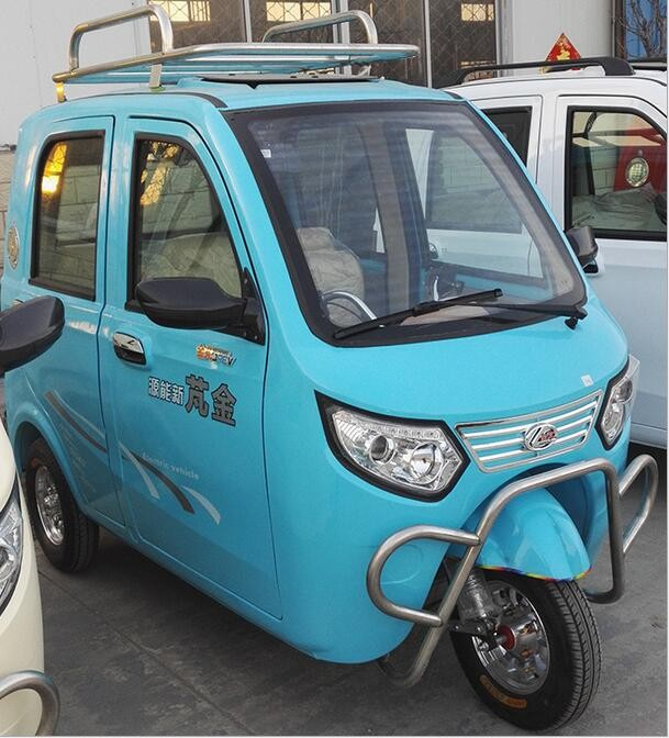 Fully Enclosed Tuk Tuk Electric Tricycle 3 Wheel Scooter