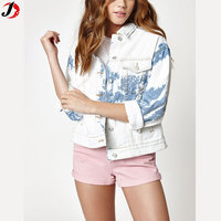 2017 Autumn Fashion Bleach Design Trucker Denim Jacket For Women
