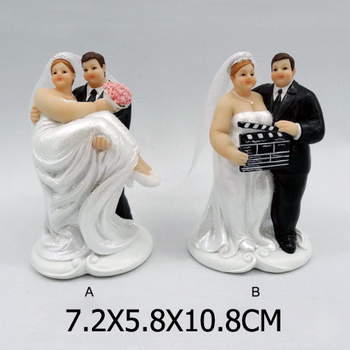 Chubby bride and groom cake toppers