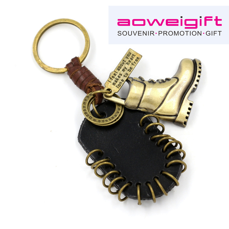 Fashionable Retro boots real cowhide knitting keychain antique bronze boots keyrings