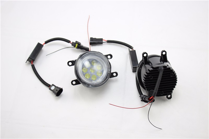 China New Design Best Selling Car Accessories For Toyota Special LED Foglight