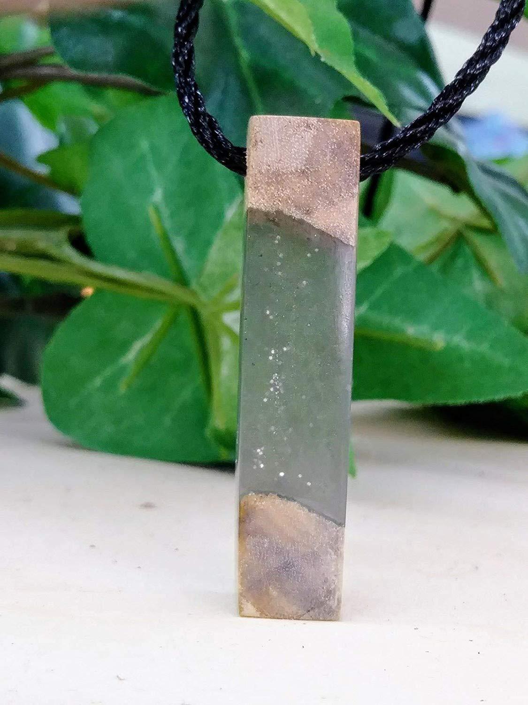 Resin Wood Epoxy Pendant, Handmade Jewelry wooden Necklace, Men and Women Gift, Boho, Shabby Chic