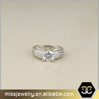 Luxury engagement rings 14k white gold diamond ring price in pakistan, fancy white gold ring designs
