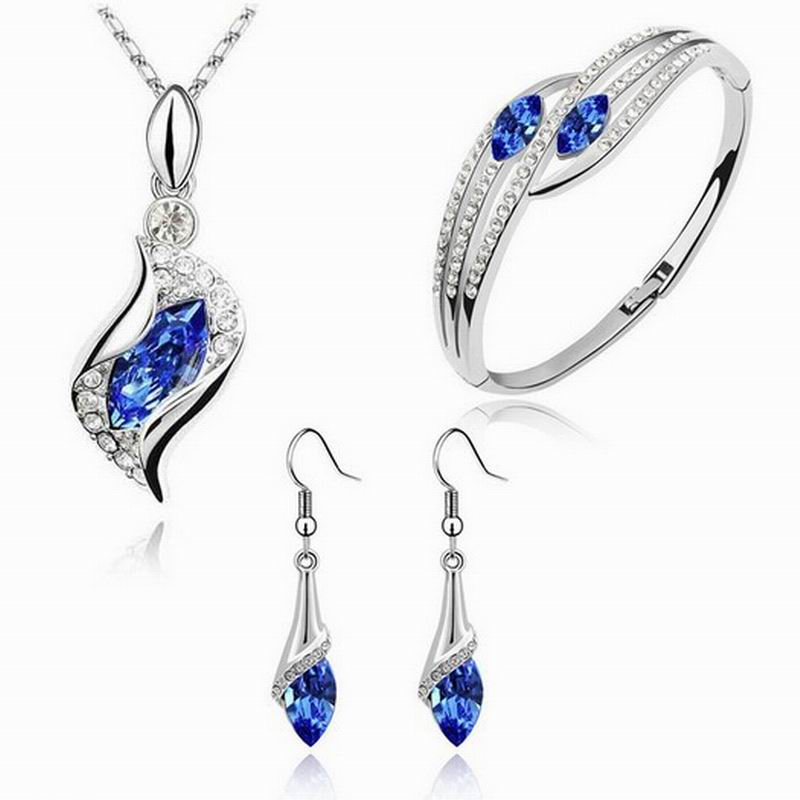 Classic Bridal Crystal Jewelry Sets High Quality Women Necklace Earring Bangle Sets Top Elegant Austrian Crystal Jewelry Set