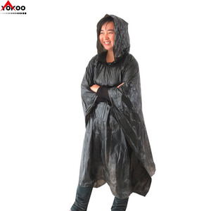 black PE disposable poncho raincoat for outdoor events