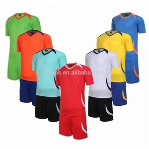 2019 best design soccer wear cheap custom multicolor adults and kids jersey soccer